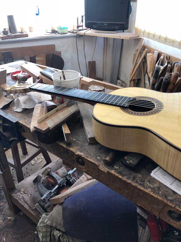 Liam Romanillos is one of the world´s best guitarmakers
