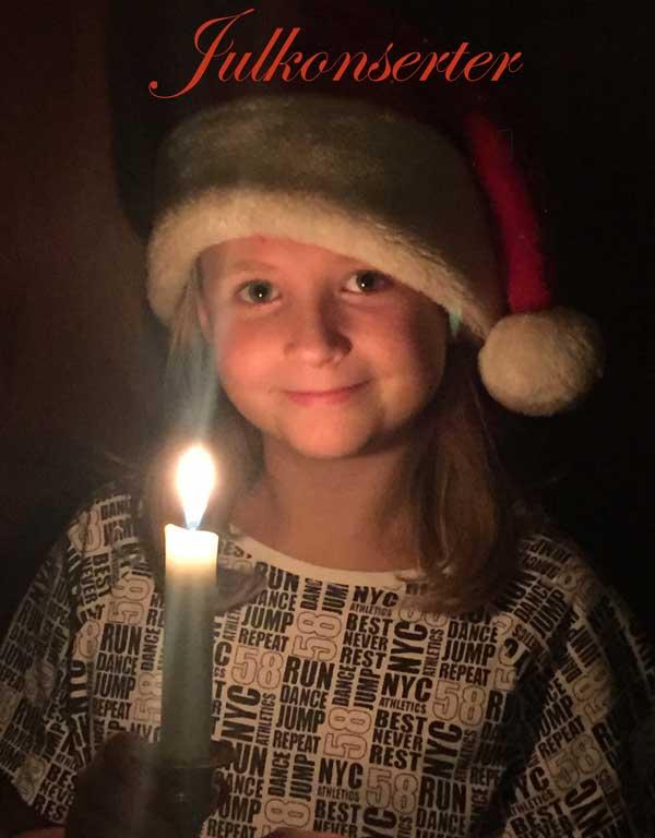 Ylva förbereder sig till julkonserten